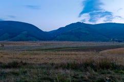 Les belles montagnes du parc national du Maiella dedans images libres de droits