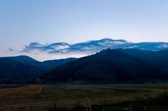 Les belles montagnes du parc national du Maiella dedans photographie stock