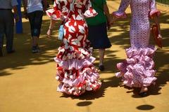 Les belles robes de gitan chez Feria de Abril Image stock