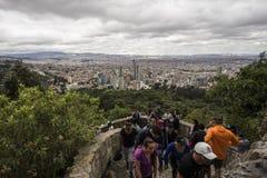 Les belles vues de Bogota du Monserrate traînent Image stock