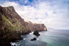Les belles vues sur la traînée à Ponto font le sao Lourenco, Madère Image stock