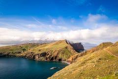Les belles vues sur la traînée à Ponto font le sao Lourenco, Madère Photos stock