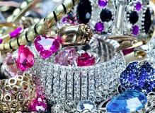 Les bijoux de femmes à la mode Photos libres de droits