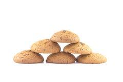 Les biscuits de farine d'avoine ont empilé la pyramide Photo stock