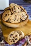 Les biscuits traient et chocolat photographie stock