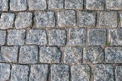 Les blocs de pavage antiques de marbre Image libre de droits