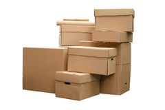 Les boîtes en carton ont arrangé dans la pile Photo libre de droits