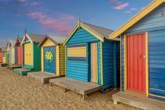 Les boîtes se baignantes colorées à Brighton échouent à Melbourne, Australi photo stock