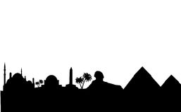les bornes limites de l'Egypte silhouettent l'horizon Images stock