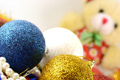 Les boules de Noël ont placé, carte d'invitation de nouvelle année Photographie stock