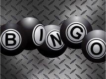 Les boules métalliques de bingo-test au-dessus du diamant en métal plaquent le fond Image stock
