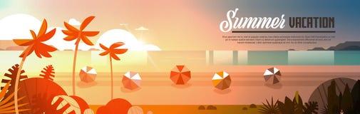 Les boules tropicales de Palm Beach de coucher du soleil regardent l'espace horizontal de copie de bannière plate d'océan de mer  Illustration Stock
