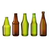 Les bouteilles brunes et vertes réalistes de forme différente dirigent l'illustration Image libre de droits