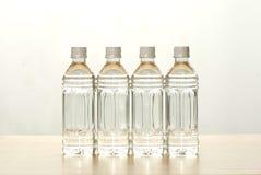 Les bouteilles de l'eau Photographie stock libre de droits