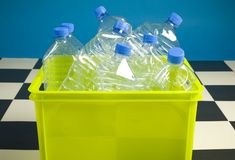 les bouteilles vident Image stock