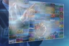 Les boutons de pressing d'homme avec des photos de nature Image libre de droits