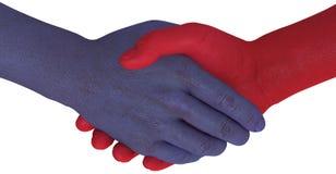 Les côtés d'opposition se serrent la main conviennent la compromission Photo libre de droits