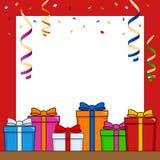 Les cadeaux encadrent avec des flammes et des confettis Photo libre de droits
