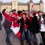 Les Canadiens célèbrent l'or d'hockey Images libres de droits