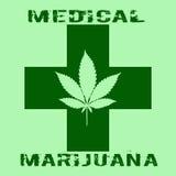 Les cannabis poussent des feuilles dans le style abstrait avec la croix verte et la marijuana médicale de mots Photos libres de droits