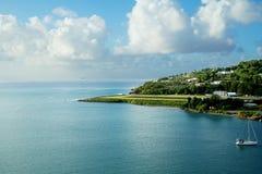 les Caraïbe L'île du St Lucia La piste d'atterrissage de l'aéroport Images libres de droits