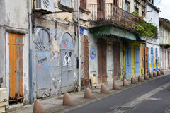 Les Caraïbe, la ville pittoresque du Saint Pierre dans les Antilles Photos libres de droits