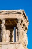 Les cariatides de l'Erechtheion dans l'Acropole Athènes Grèce photos libres de droits