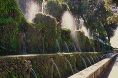 Les cent ` Este de la villa D de fontaines images stock