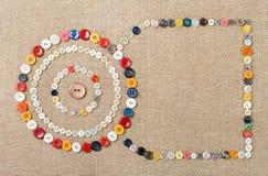 Les cercles de la couture colorée se boutonne avec l'espace de copie Photo libre de droits