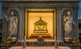 Les chaînes de St Peter, dans l'église de San Pietro dans Vincoli à Rome, l'Italie Photographie stock