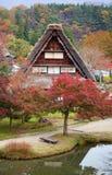 Les Chambres dans le village historique Shirakawa-vont Image libre de droits