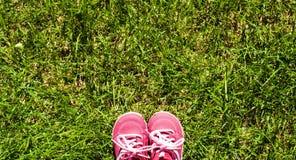 Les chaussons des enfants. Photos libres de droits