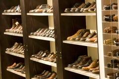 Les chaussures élégantes des hommes Photographie stock libre de droits