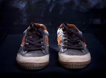 Chaussures d'espadrille par la lumière de studio Image libre de droits