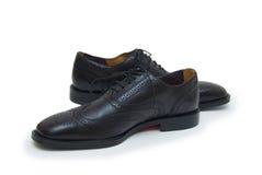 Les chaussures de l'homme de couleur d'isolement sur le fond blanc. Photographie stock