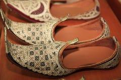 Les chaussures de l'Indonésie traditionnelle Photographie stock