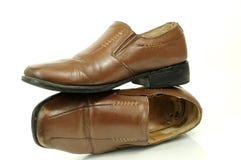 Les chaussures des hommes à la mode image libre de droits