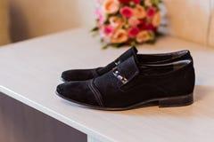 Les chaussures des hommes image libre de droits