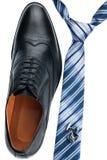 Les chaussures des hommes, lien, boutons de manchette, style classique Photographie stock