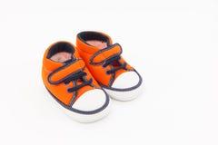 Les chaussures rouges du gosse Photo libre de droits