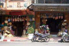 Les Chinois handcraft la boutique dans Chinatown photo libre de droits