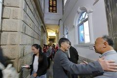 Les chrétiens célèbrent le réveillon de Noël à l'église de xinjie Images libres de droits