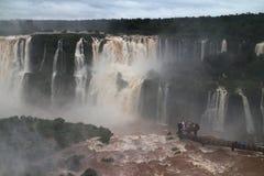 Les chutes d'Iguaçu - cascades Image libre de droits