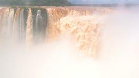 Les chutes d'Iguaçu, site de patrimoine mondial de l'UNESCO banque de vidéos