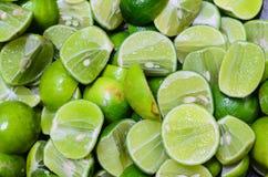 Les citrons se ferment vers le haut du fond Photographie stock libre de droits