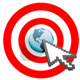 Les cliquetis de flèche d'Internet ont visé l'oeil de taureaux du monde illustration de vecteur