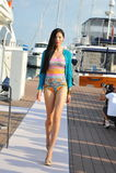 Les conceptions de présentation modèles de la mode de station de vacances de peau au yacht de Singapour montrent 2013 Photographie stock