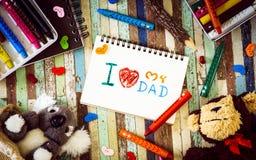 Les concepts de carte de voeux de jour de pères avec I aiment mon texte de papa, cray Photographie stock