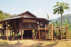 Les conditions de vie de l'environnement familial des montagnards Photos libres de droits
