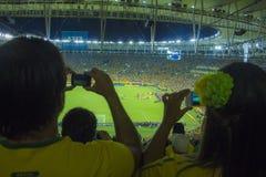Les confédérations mettent en forme de tasse 2013 - le Brésil X Espagne - Maracanã Images libres de droits